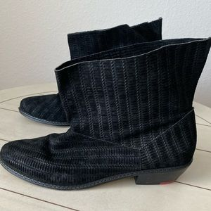 Joe's Black Star II Booties Size 8.5 Black Suede